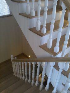 Dubleks Ev Ahşap Merdiven Yapımı